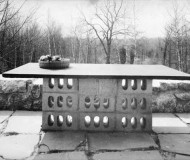 concrete-block-table-breuer4