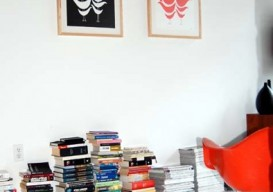 book-stacks-on-floor-design-sponge