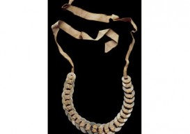 anni-albers-washer-necklace-border