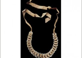 anni-albers-washer-necklace-border2