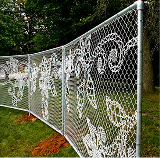 "Painting a Chain Link Fence That Has Some Rust??? - Mamapediaâ""¢"
