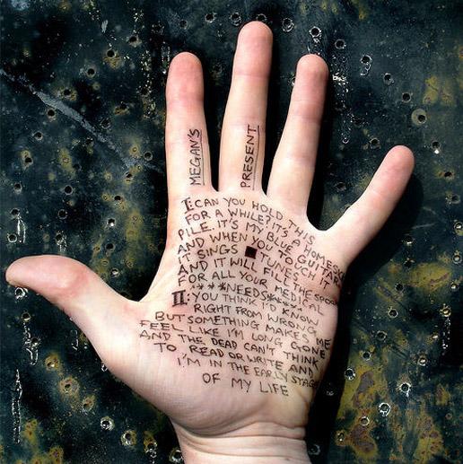writing-on-hand-2-khonnor