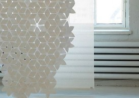 tyvek curtain - flake