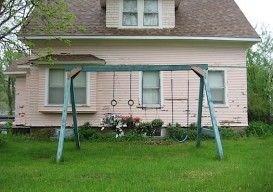 swingset re-use: planter hanging garden