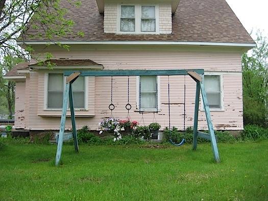 swingset re-use: planter hanging garden