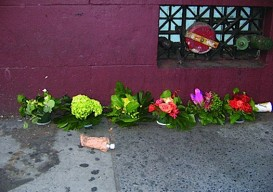 Bella Meyer guerilla florist surprise street arrangements