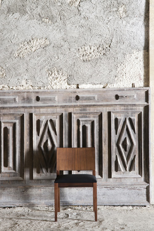 concrete and plaster patterned wall