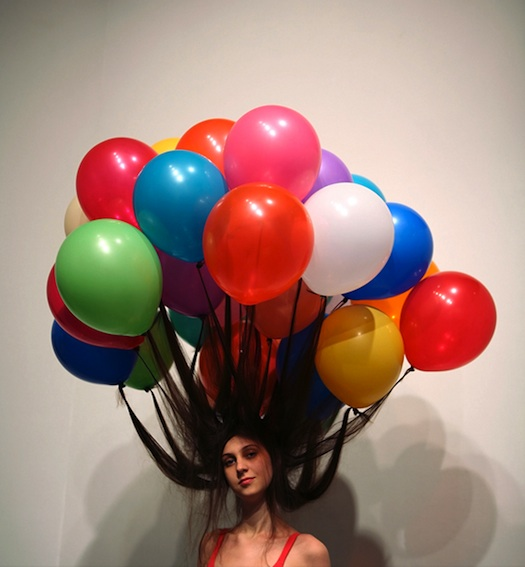 hairdo with balloons myeongbeom kim