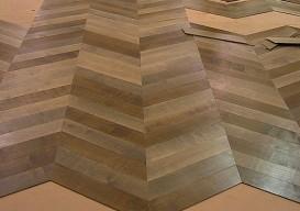 parquet pattern floor