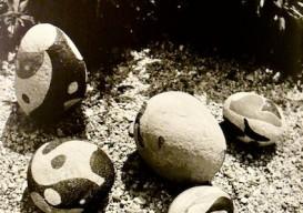 Max Ernst painted stones 3