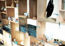 shelves clamps together