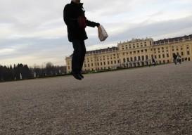 jumpinginartmuseums.blogspot.com