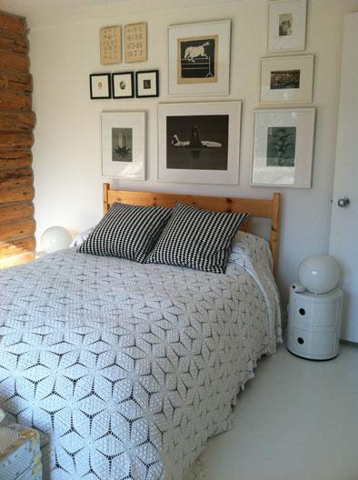 Laura Handler's Montana Cabin bedroom