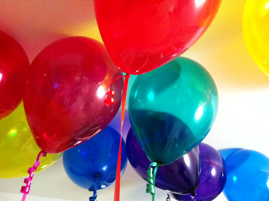 gift: balloons for grownups, for letting go