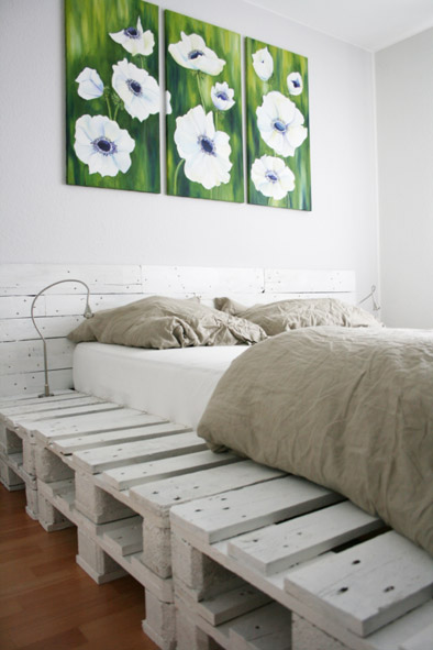 white painted pallet bed