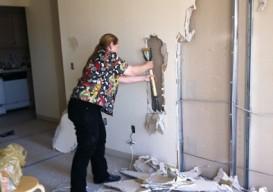 Lisa's wall demolit 1B