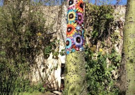 Home Hotel Argentian crocheted tree