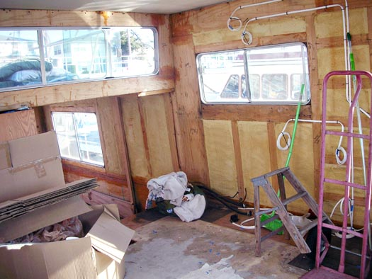 Tracy Metro's Houseboat renovation