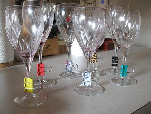 use binder clips to make industrial chic wine charms
