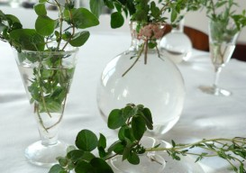 tabletop decoration: herb bouquets