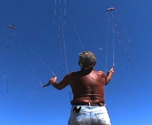 Ray Bethell kite flyer