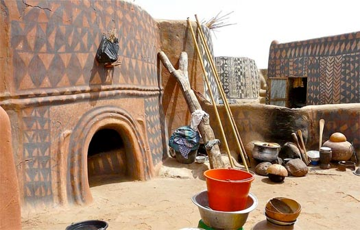 tattooed houses of burkina faso