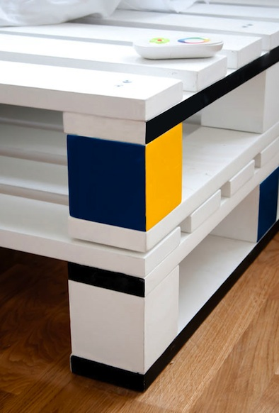pallet bed cubist painted