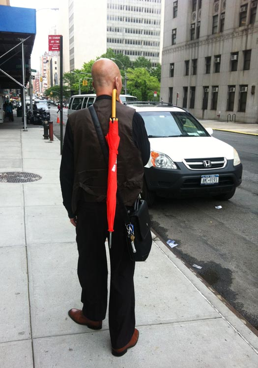 new ways to carry umbrellas