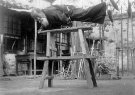 tai chi master balancing