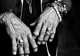 Keith Richards' hands/Francesco Xarrozzini