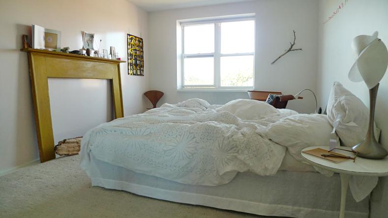 diy linen bed skirt dust ruffle 1