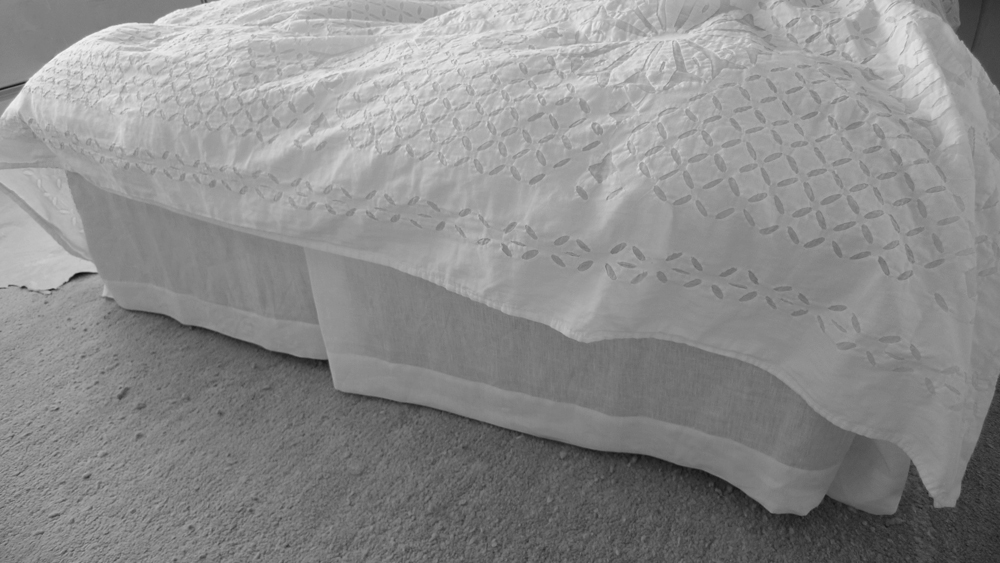 diy linen bed skirt dust ruffle 4