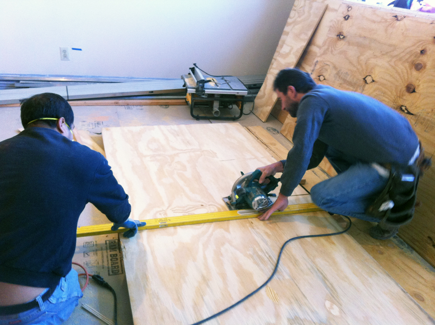 plywood floors cutting