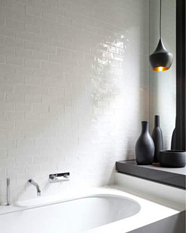 tub surround Remodelista