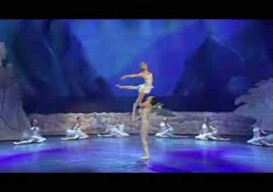 china's hybrid acrobatic ballet re-envisions 'swan lake' !!!