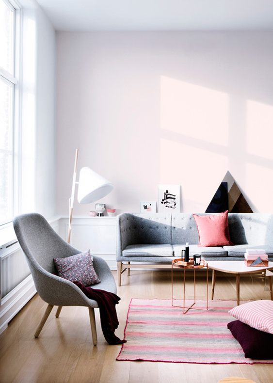 pops of pale pink in copenhagen