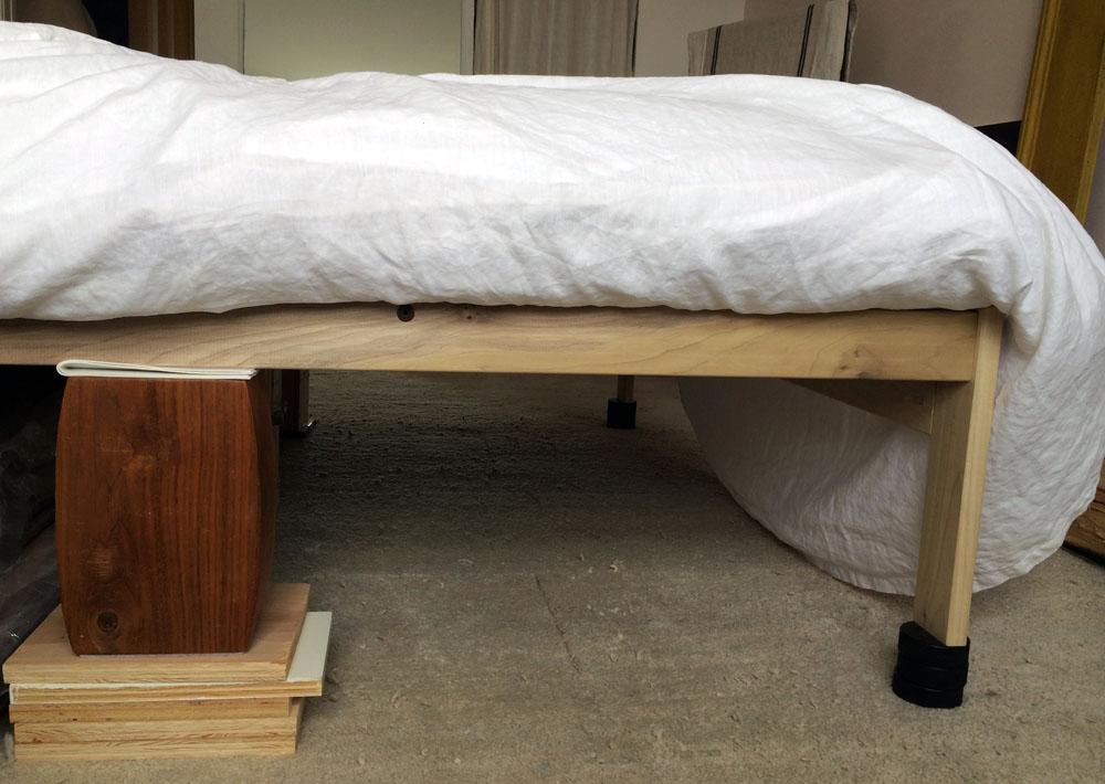 vibrating bed fix wood blocks