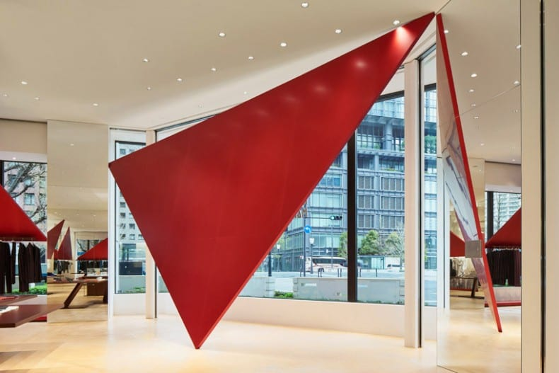 issey-miyake red triangles 1