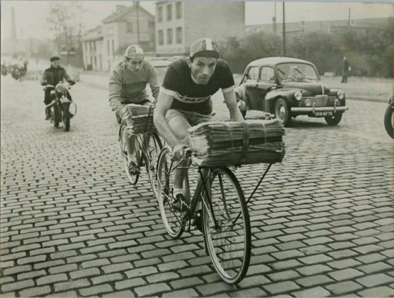 Original Porteur, Paris news paper delivery