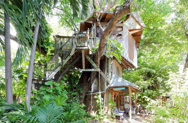 Miami Treehouse on an Organic Farm