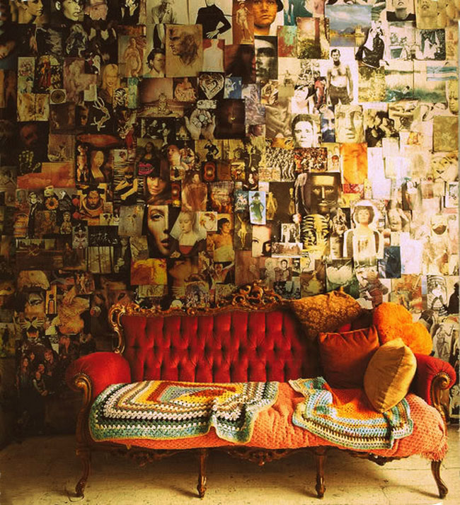 wall-collages w velvet sofa