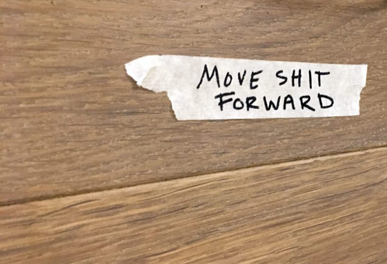 move-shit-forward-graffiti-3