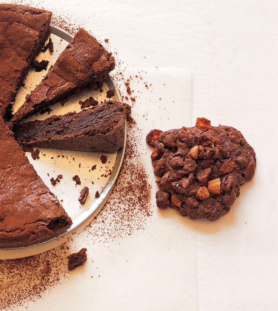 chocolate wonders and cake